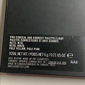 MAC Cosmetics Makeup - Mac concealer palette